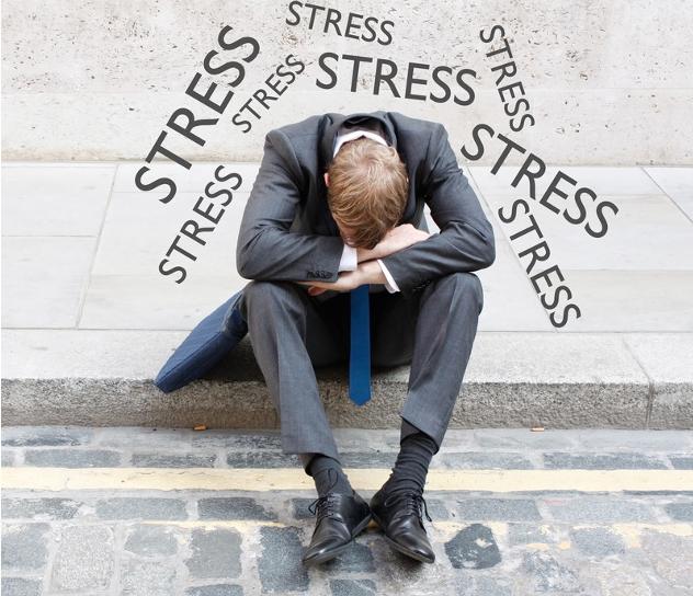image d'un homme envahi par le stress